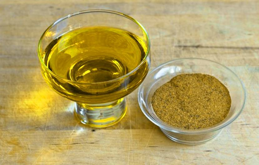 Olive Oil and Cayenne Pepper